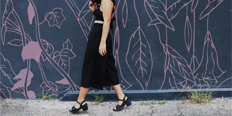 Cómo Vestir de Negro y Sobrevivir el Verano