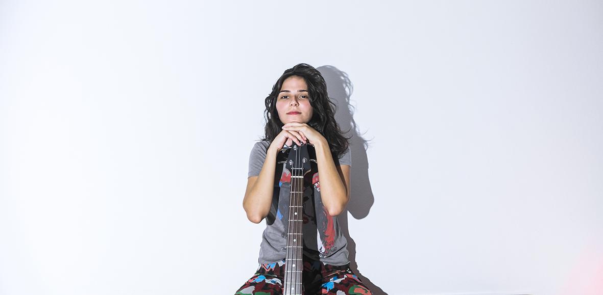 Pride Spotlight: Un ritmo diferente con DJ Rosamalia