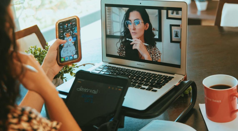 Cómo prepararte para una entrevista de trabajo virtual